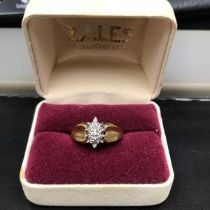 Zales Gold Marquise Cluster Ring SZ 6~7